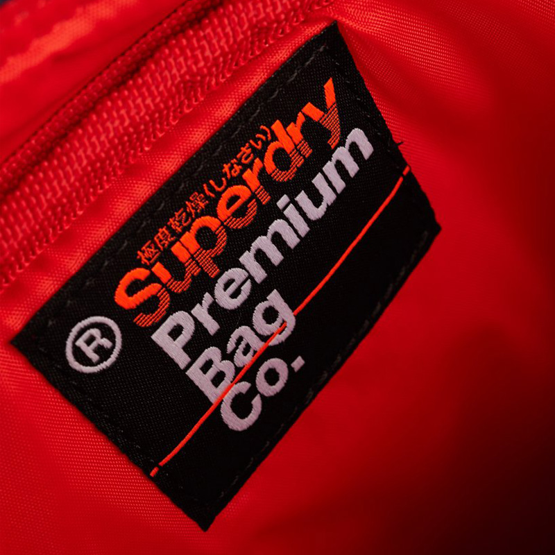 tui-deo-cheo-superdry-10