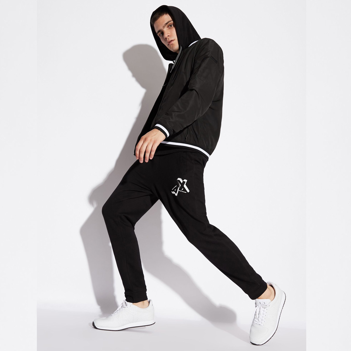 quan-jogger-armani-exchange-slim-fit-10