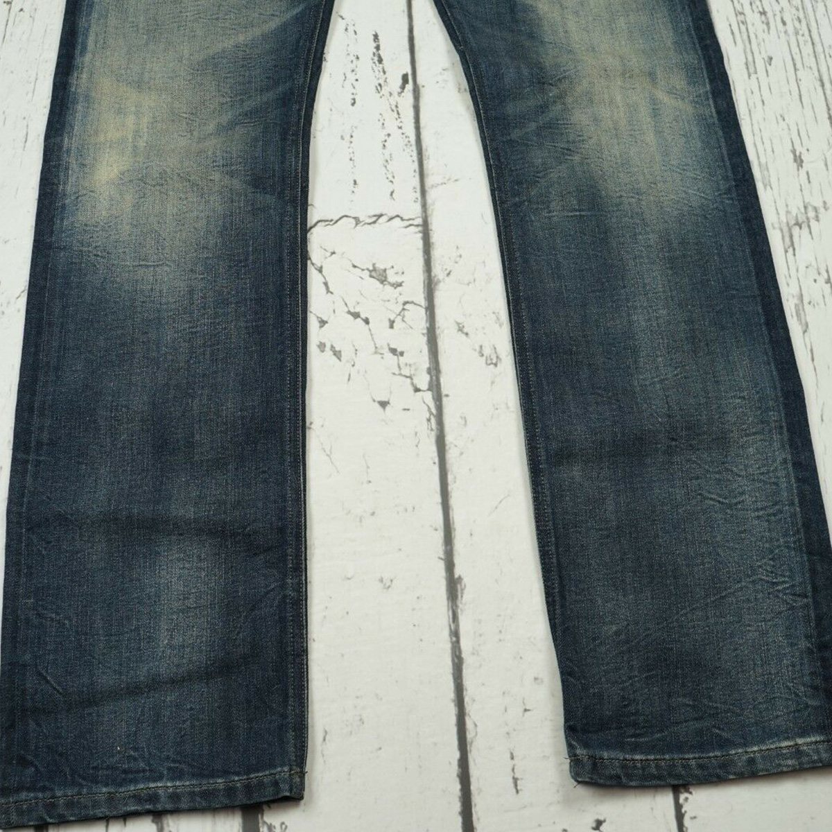 quan-jeans-diesel-black-gold-slim-straight-excess-selvedge
