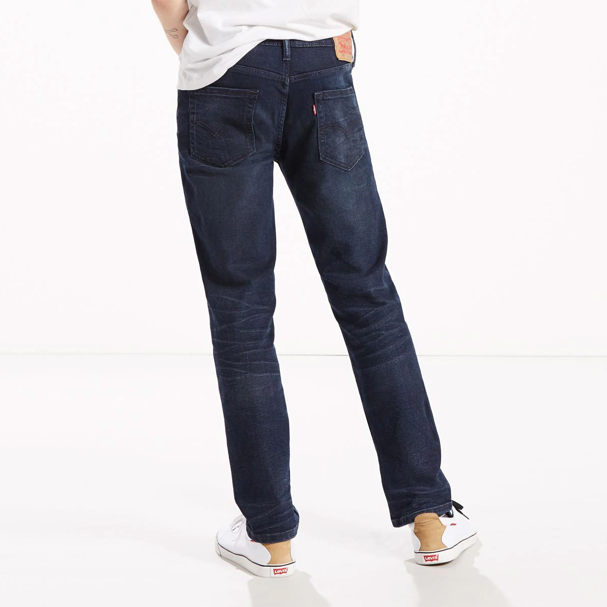 quan-jeans-levis-512-sharkley