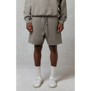 quan-short-fear-of-god-essentials-relaxed-fit-10