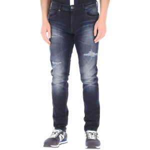 quan-jeans-armani-exchange-slim-fit-34